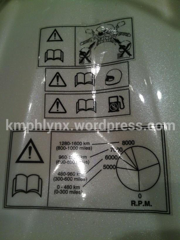 Sticker tata cara break-in ini ada baiknya ditiru oleh produsen motor lainnya