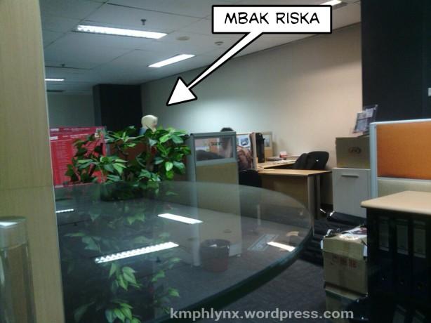 Lantai 4 Gedung Pertamina Retail, tempat Mbak Riska bekerja.